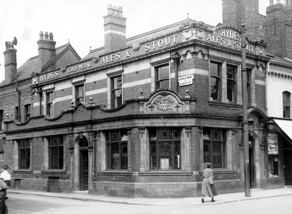 Manchester Photo Archive - Victoria Inn, Withington