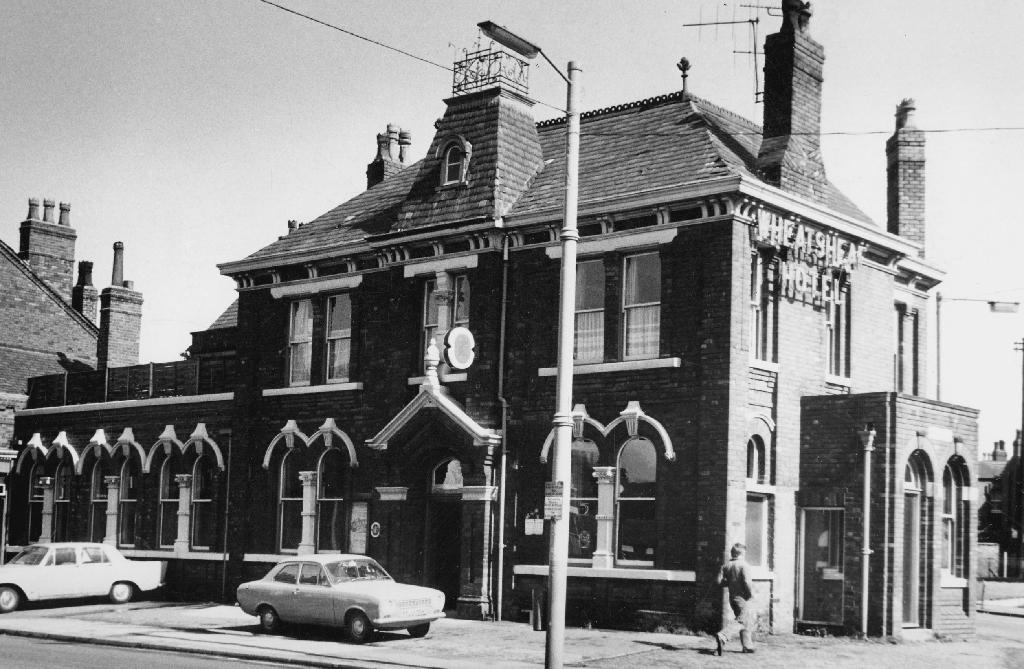 Manchester Photo Archive - Wheatsheaf